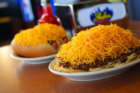 Skyline Chili 3-Way (PHOTO FROM CINCINNATI USA)